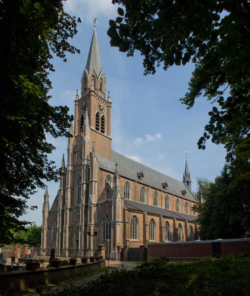 Sint Jan de Doperkerk in Gemert